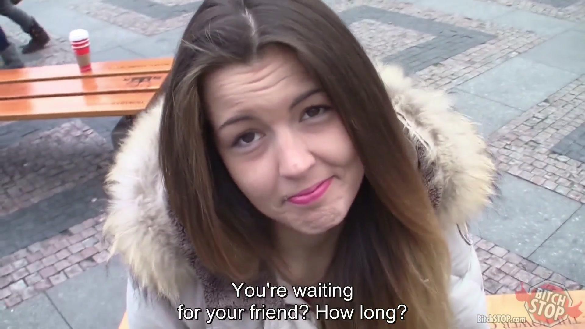 Парень Познакомился В Подъезде С Двумя Девушками - Смотреть Порно Онлайн